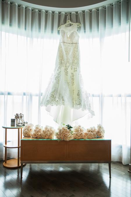 wedding dress photographer