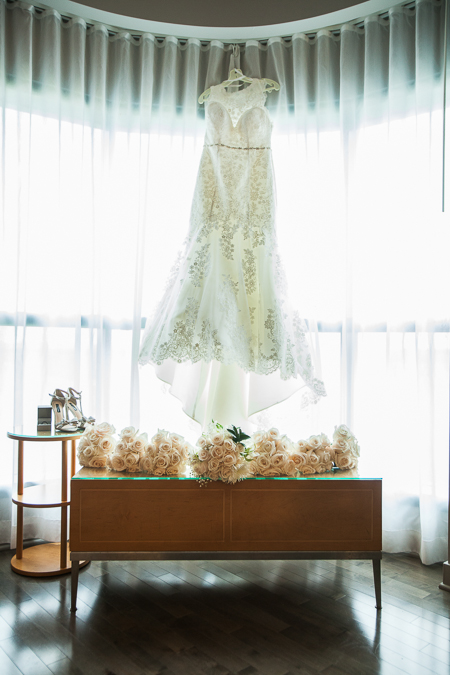wedding dress photographer