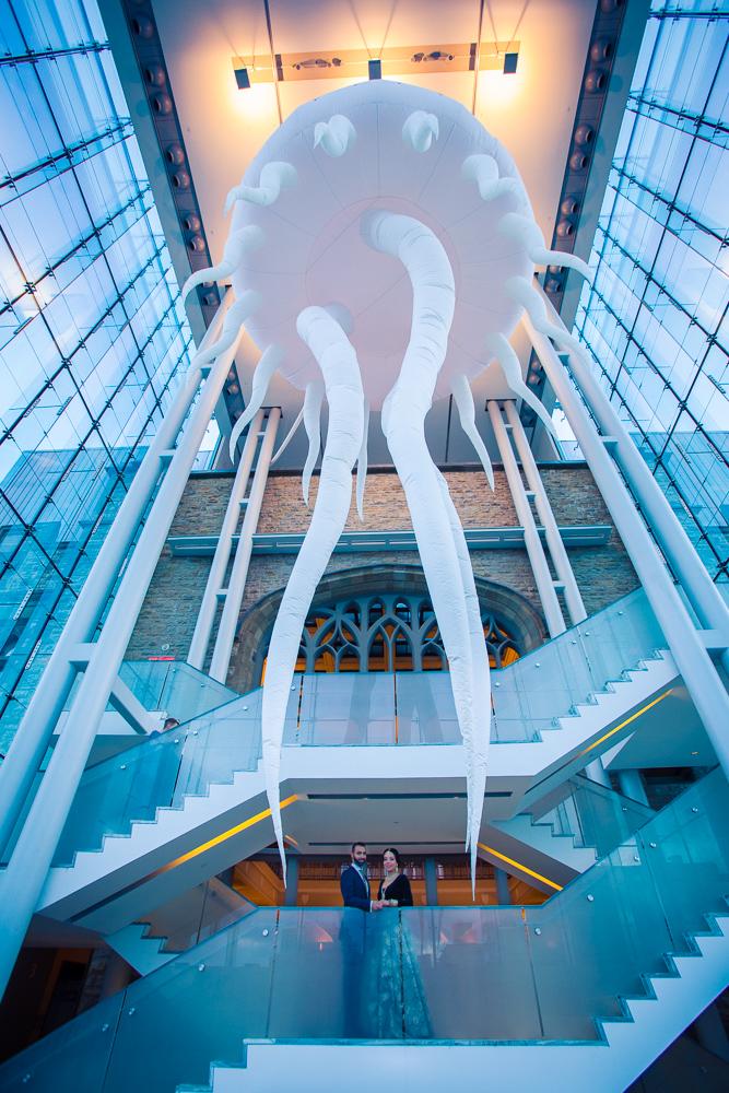 9880F-Ottawa-Museum-Wedding-Photography